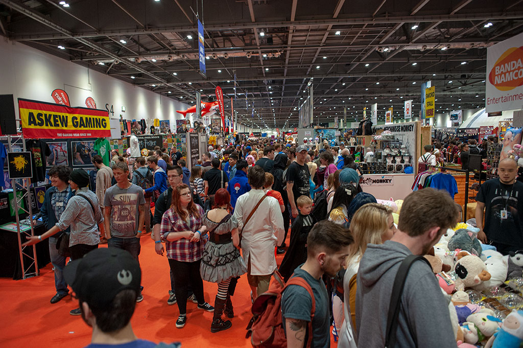 London Comic Con crowds